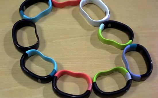w-me-wristband-550x341