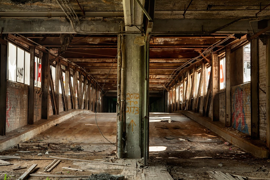 usine automobile abandonnée Packard