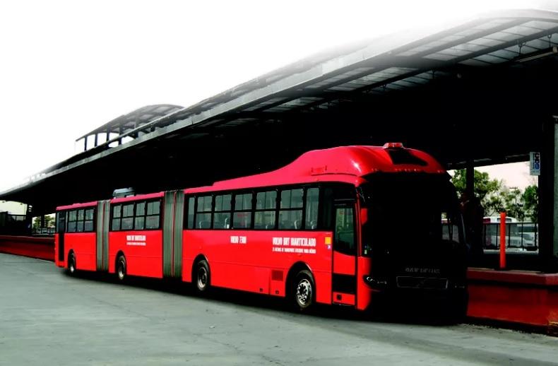Gran Artic 300 le plus grand bus du monde