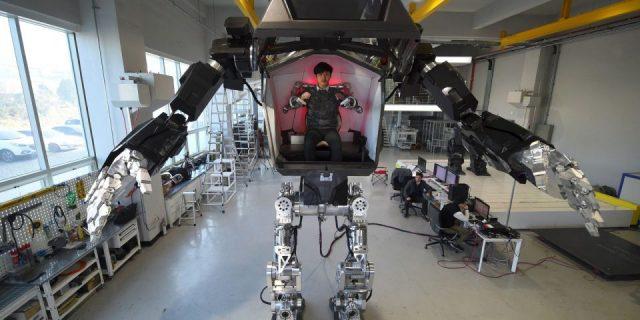 Method-2 robot géant