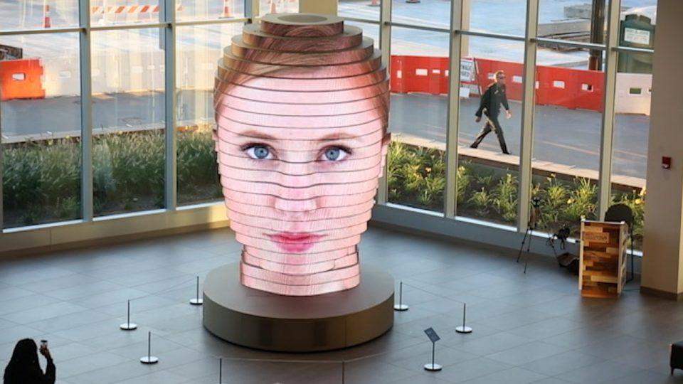 As We Are – Des têtes géantes en 3D et LED