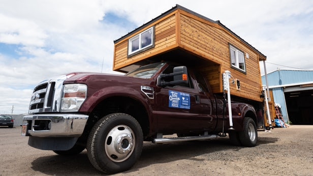 Tiny Traveller dévoile un camion équipé d'une maison