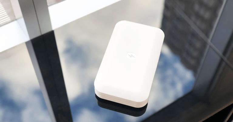 PhoneSoap – Un gadget pour nettoyer votre téléphone portable