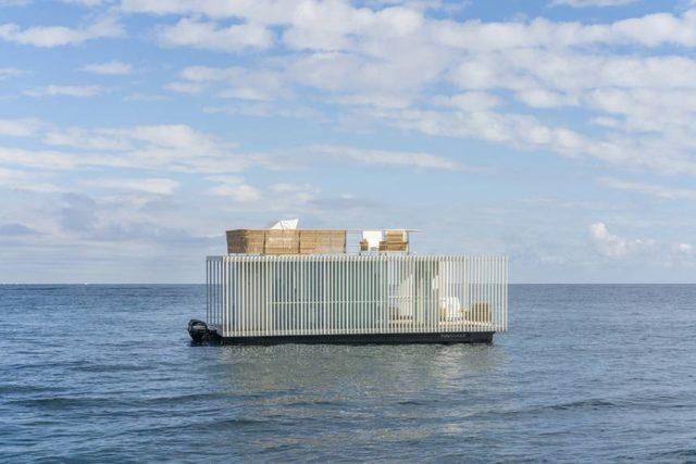 Punta Del Mar invente une péniche plug-and-play intelligente faite pour les marinas ou voyager 2
