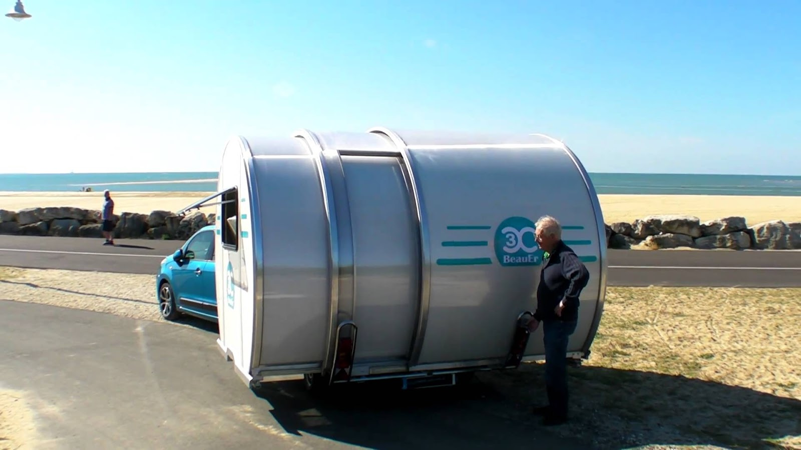 Beauer dévoile un camping-car qui s'agrandit pour accueillir six personnes