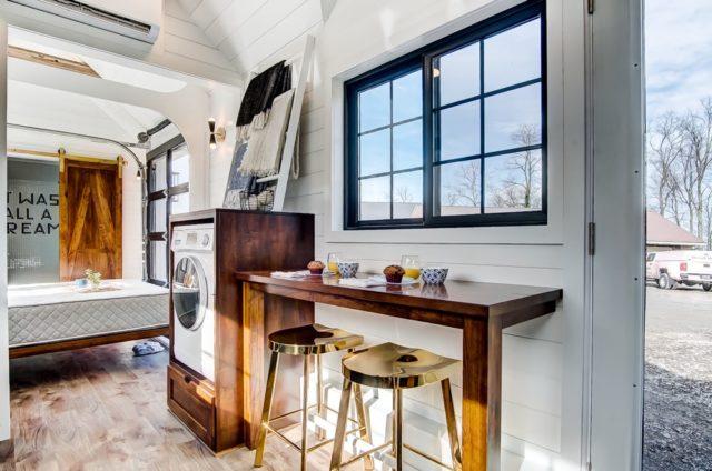 Allswell Tiny Home – Un espace conçu par Modern Tiny Living pour Allswell de Wallmart 4