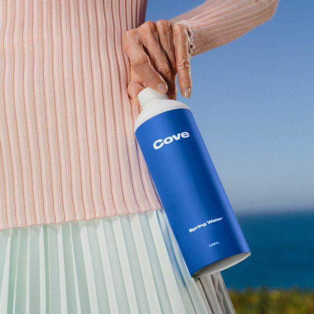 Cove lance une alternative biodégradable aux bouteilles d'eau en plastique 1