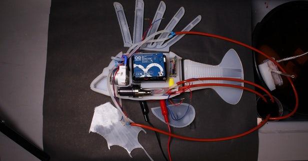 Robo-fish est alimenté par un fluide de batterie semblable à du sang 1