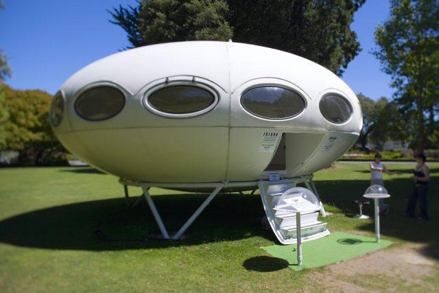 Futuro – La maison futuriste en vente en Nouvelle Zélande