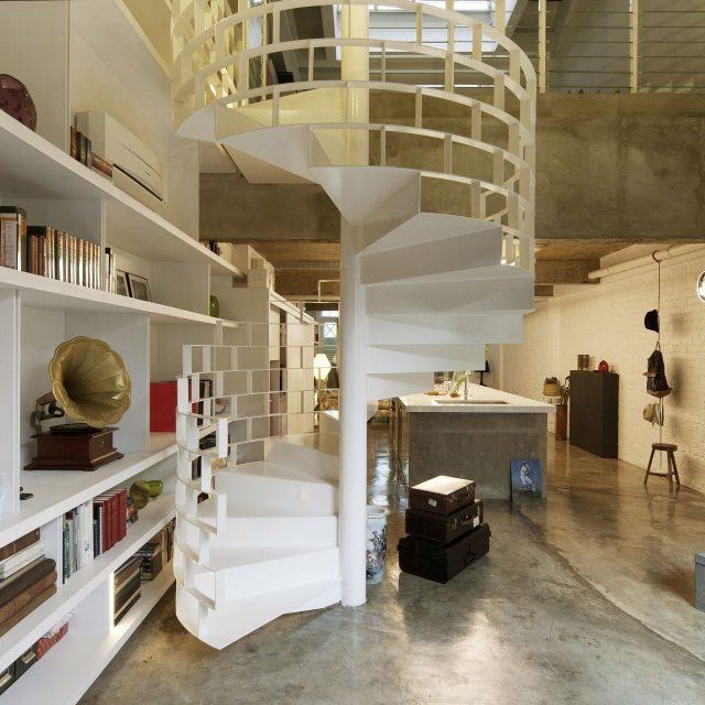 Un escalier en colimaçonimaginé par FARM Architects