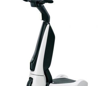 C+walkT – Le scooter électrique à trois roues de Toyota